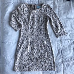 [Skies are Blue] 3/4 Sleeve Gold Lace Dress